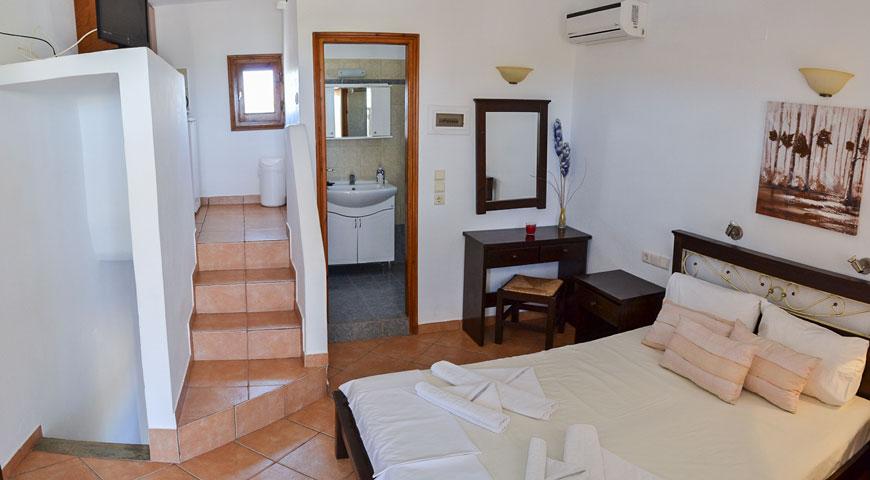 5-bed apartment | Perigiali Standard
